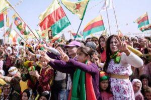 De Koerden vormen een belemmering voor zijn dromen dus wilt hij ze uitroeien!